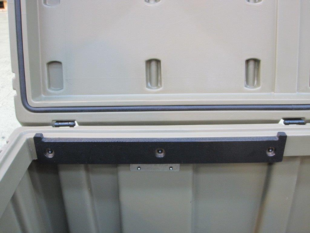 Mod 550 case with Tray and Rail Kit Fitted (Detail B)